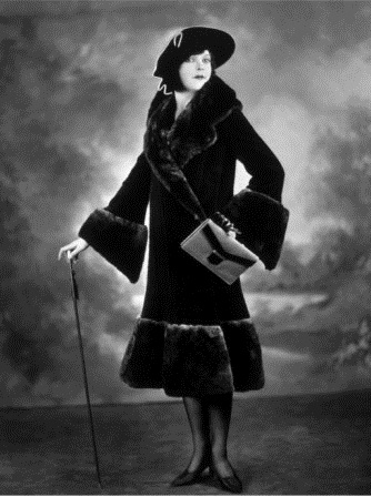 woman-modeling-a-lorna-dunn-fur-coat-1920